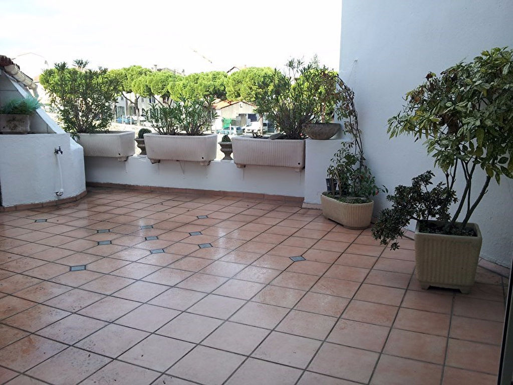 carcassonne-centre-ville-grand-appartement-terrasse-et-garage